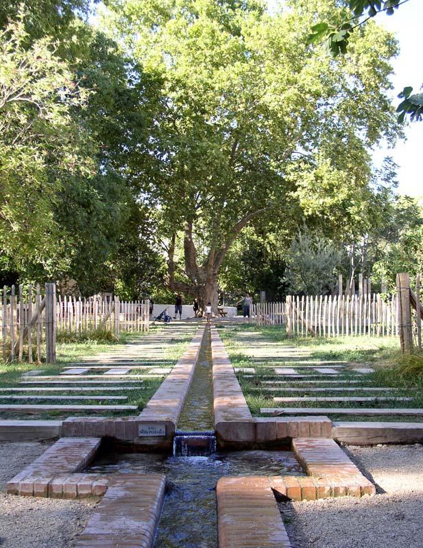 Canal paysager jardin du las atelier art eau cr ation for Art jardin creation